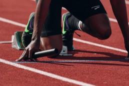 sprint start athlete